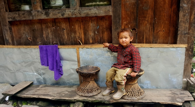 day-2-lukla-sherpa-kid-11