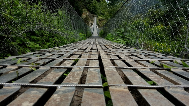 day-2-lukla-suspension-bridge-8