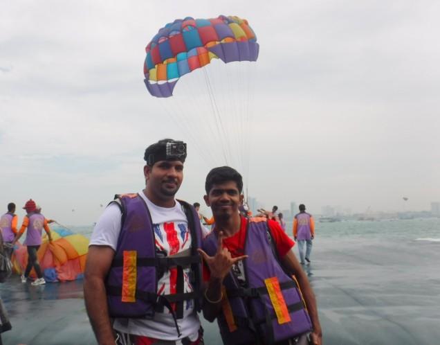 pattaya-island-tour-paragliding-large