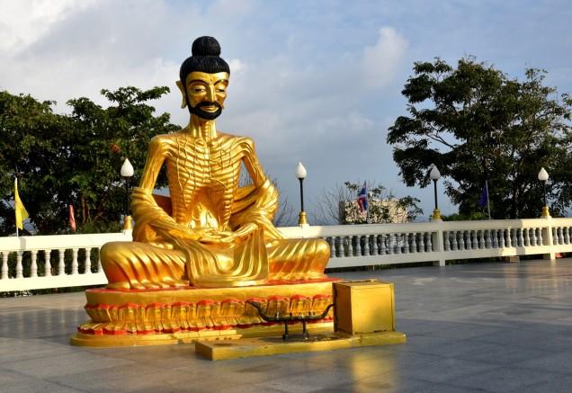 pattaya-wat-phra-yai-buddha-temple-2-large
