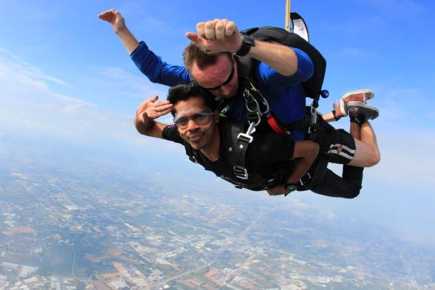 sky-dive-thai-sky-adventures2-large