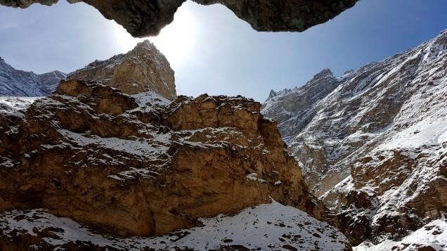 Chadar-Trek-Zanskar-Cave