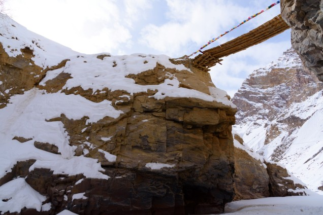 Chadar-Trek-Zanskar-Village-Bridge