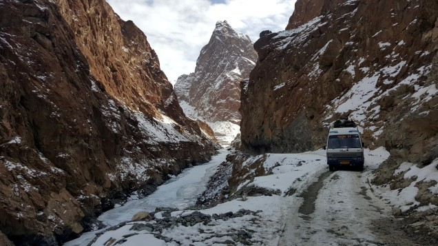 Chadar-Trek-Zanskar-Way-Back