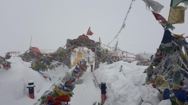 17-Leh-Ladakh-Changla-Pass-Temple