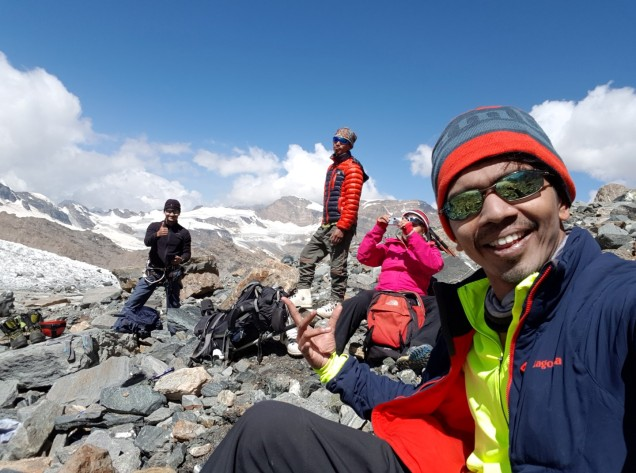 03-Mount-Nun-Camp1-Load-Ferry-