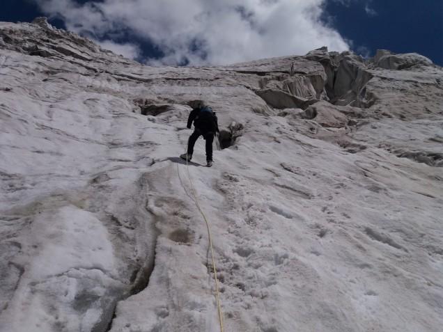 04-Mount-Nun-Camp1-Up