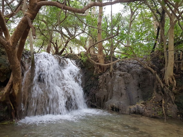 03-Salalah-Ayn-Tubrook-Waterfall