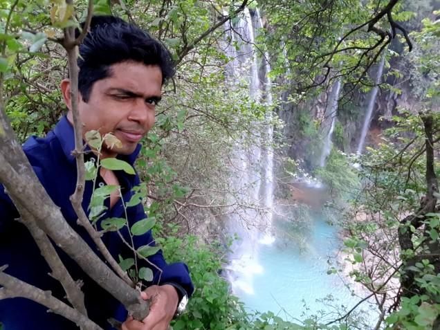 06-Salalah-Ayn-Athum-Waterfall